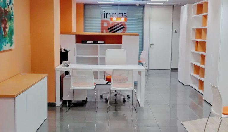 Fincas Rillo, Zaragoza, Adra decoración, Félix Bernal Juan cabec