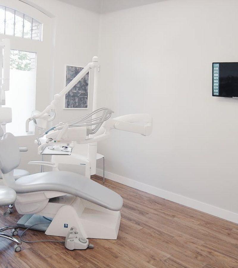 Clinica Dental San Lazaro, Adra decoracion, Felix Bernal Juan 5
